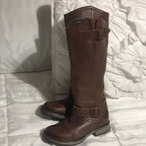 Knee high boots steve madden size 5 M